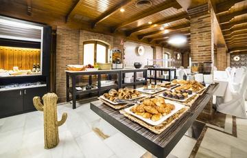 Colazione Hotel Torreluz Centro