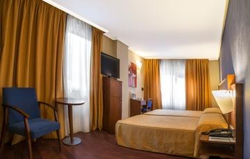 Camera Hotel Torreluz Centro